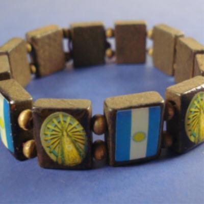 Wood Stretch Bracelet SAINTS w/ Argentina Flag